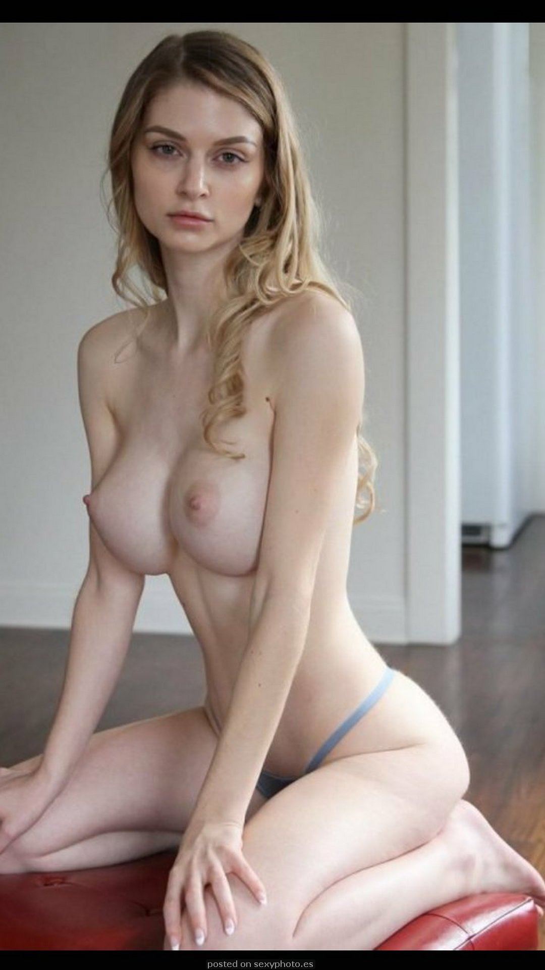 Teen With Tits photo 30