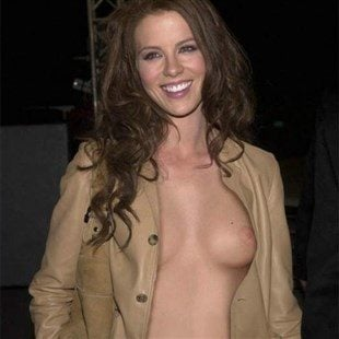 Kate Beckinsale Naked Pictures photo 24